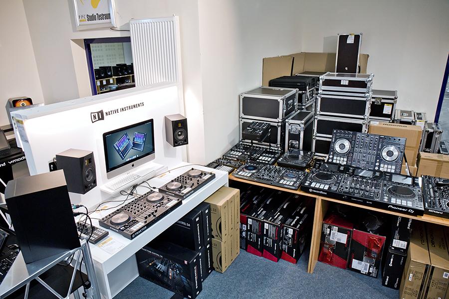 DJ Controller und Mixer